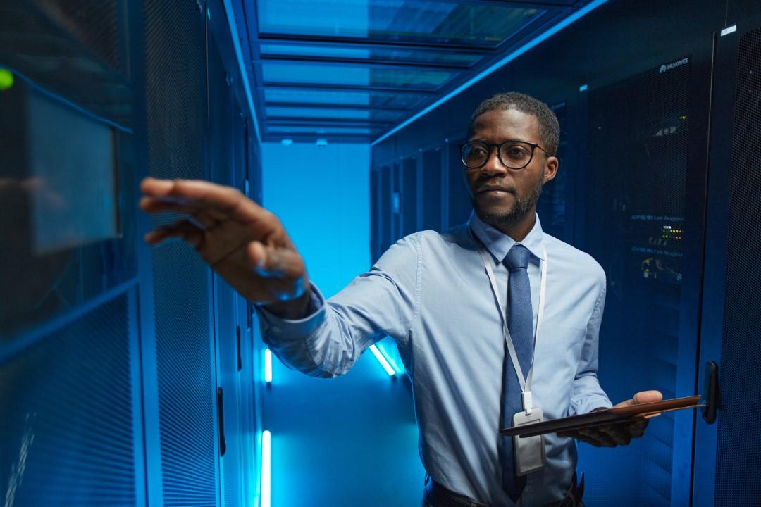 african american data engineer JLDHC9E